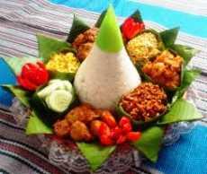 resep nasi tumpeng
