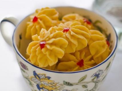 resep kue semprit bunga